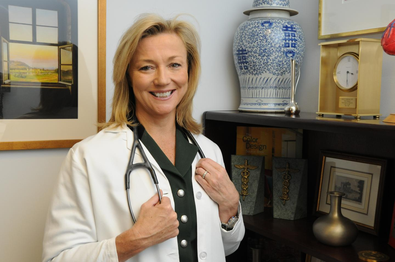 Holly S  Andersen '85: Women's Health   Dartmouth Campaign