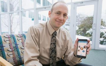 Geisel's William Hudenko developed the Proxi app with colleagues at Dartmouth. (Photo by Robert Gill)
